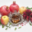Honey,pomegranate  with apple for Rosh Hashana — Stockfoto