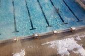 Odkryty basen w zimie — Zdjęcie stockowe