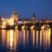 Prag'daki charles köprüsü — Stok fotoğraf