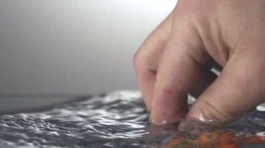 Tomato and splash water — Stock Video