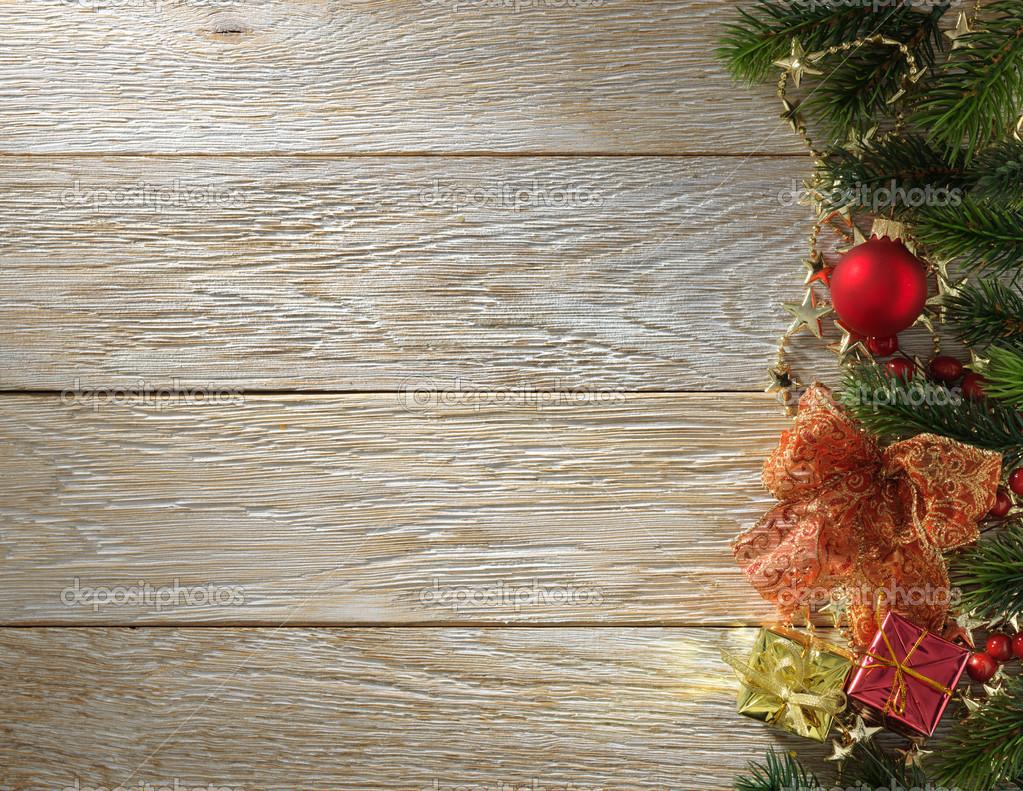 Christmas fir tree on wood texture. background old panels — Stock Photo © Irochka #39477119