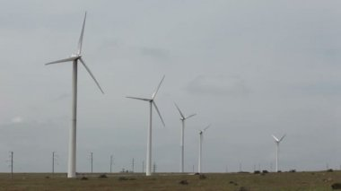 Wind power generators — Stock Video