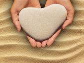Heart-shaped stone — Stock Photo