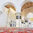 Abu Dhabi, UAE - June 4: Sheikh Zayed Grand Mosque interior inside on June 4, 2012 in Abu Dhabi, UAE — Stock Photo