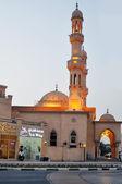 Mezquita jumeirah en dubai, emiratos árabes unidos — Foto de Stock
