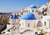 Beautiful white-blue Santorini — Stock Photo