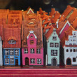Souvenir houses in gift shop in Riga — Stock Photo