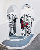 Forged doors on a private house, Santorini, Greece — Stock Photo