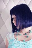 Giovane donna bruna — Foto Stock