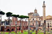 Roman ruins in Rome. Antique. — Stock Photo