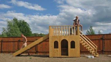 Play yard chute time lapse — Stock Video