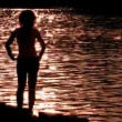 Silhouette woman on water alone — Stock Video