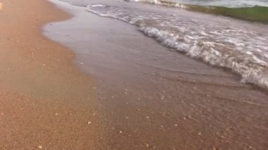 Waves on beach with sound — Stock Video