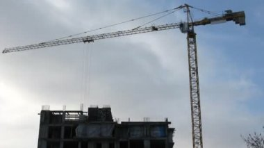 строительный кран, промежуток времени — Стоковое видео