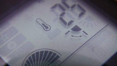 Display conditioner — Stock Video