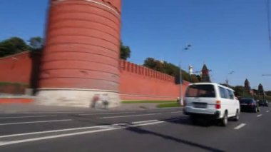 Timelapse rida förbi kreml — Stockvideo