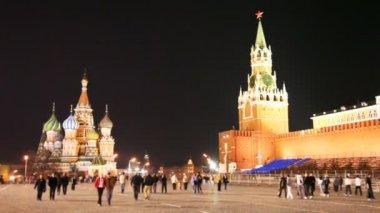 Zu Fuß in der Nähe von Kreml am Roten Platz in Moskau — Stockvideo