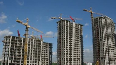 Building of many storeyed buildings. Time lapse. — Stock Video
