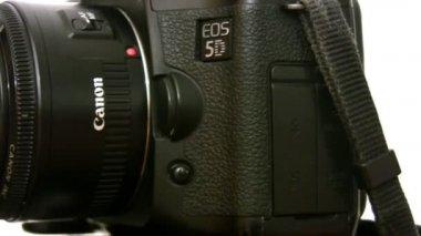 Fotoapparat revolves — Stock Video