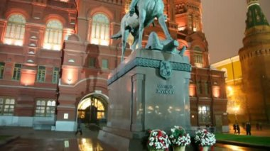 Monument to marshal of Soviet Union Georgy Zhukov, Moscow, Russia — Stock Video