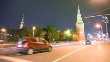 Car driving past by night Kremlin — Stock Video