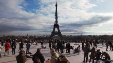 フランス、パリのエッフェル塔 — ストックビデオ