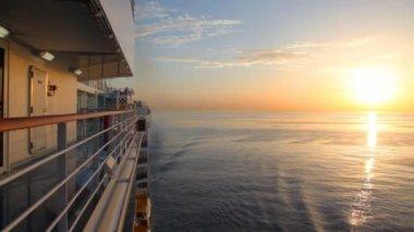 Vista desde el crucero en el mar — Vídeo de stock