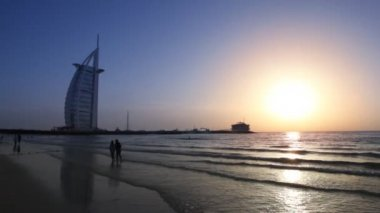 The Burj Al Arab, five-star hotel in Dubai, United Arab Emirates. — Stock Video