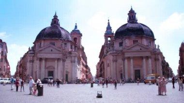 Los turistas a pie en el área en la ciudad del vaticano, roma, italia. — Vídeo de Stock
