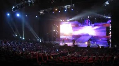 Singer performs on stage during Big Digit - 2011 awards ceremony — Stock Video