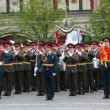 Military orchestra plays russian national anthem on Red Square — Stock Video