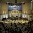 People gather before symphony orchestra concert, time lapse — Wideo stockowe
