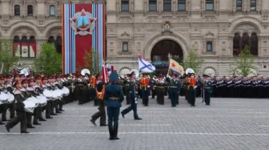 Drummers march column on Red Square — Stock Video