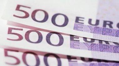 Banknote wie echte fünfhundert euro drehen — Stockvideo