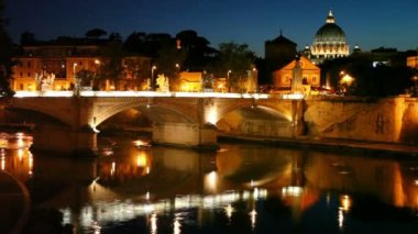 Cityscape bridge over the river, the dome of Saint Peters Cathedral — Stock Video