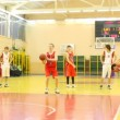 Basketball players of CSKA and TRUDOVYE REZERVY makes penal throws on training — Vidéo