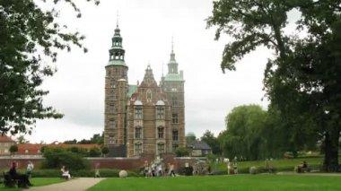 Castillo de rosenborg hermosa, lapso de tiempo — Vídeo de stock