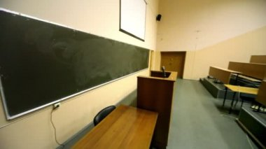 Empty lecture theater — Stock Video