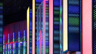 Discoteca pareti luminose colorate con sfarfallio led — Video Stock