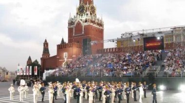 Performance of Presidential orchestra of Russiaon festival SPASSKAYA BASHNYA — Stock Video