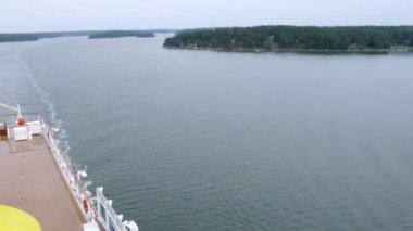Trochę zielonych wysp w sztokholmie zatoka, upływ czasu — Wideo stockowe