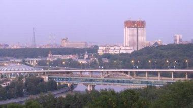 Luzhnetsky bridge-subway — Stock Video