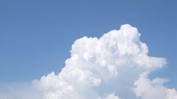 Resultado de imagem para nuvem branca