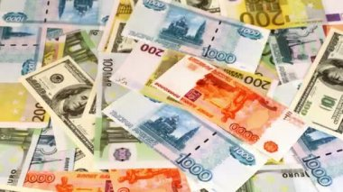 Souvenir dollars, euro and russian roubles appear on screen and disappear — Stok video