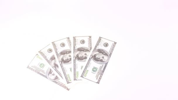 Cent dollar billets apparaissent et disparaissent en tant que fan — Vidéo