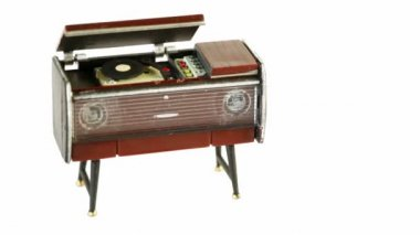 Toy vintage gramophone circling isolated — Stock Video