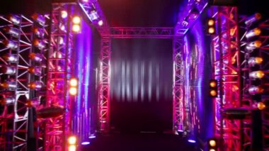 Gate of metal constructions with colorful light equipment — 图库视频影像