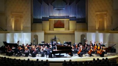 Grand piano and Symphony Orchestra of Moscow State Conservatory — Stock Video
