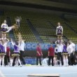 Action team participates in Championship on cheerleading — Vídeo de stock