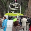 Tourist on deck of ship near Preikestolen Preachers Pulpit rock — Stock Video